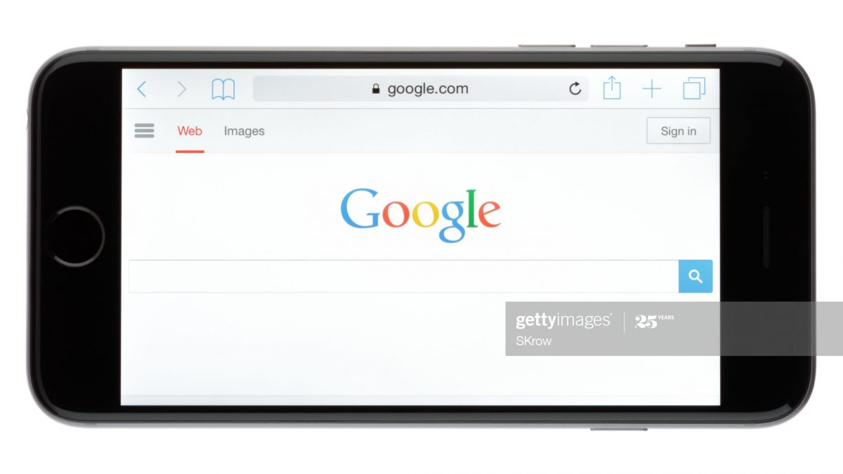 Apple & Google Join Hands for Search Engine Deals